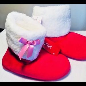 American girl holiday slippers size 3.5 - 5